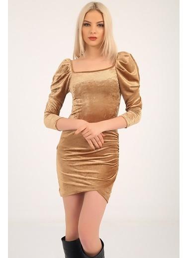 Emjey Ön Arka Kare Yaka Karpuz Kol Kadife Elbise Altın